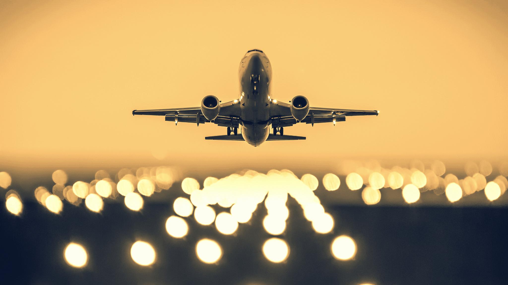 Plane Take off Tokyo